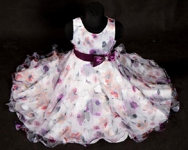 Kde koupit dětské společenské šaty   9e30a27b80