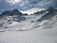 Majestátní hory, výborné sněhové podmínky a vynikající služby si užijete při dovolené v Rakousku. Foto: ww.smarttravel.cz