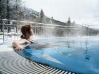 Chcete-li si užít zimní dovolenou, pak vyražte do Katschbergu, kde si můžete zalyžovat na sjezdovkách nebo využít wellness areál. Foto: www.katschberghof.at