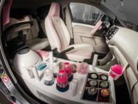 Auto značky Volkswagen je speciálně upravené, aby uspokojilo potřeby všech starostlivých maminek. Foto: www.babypark.cz