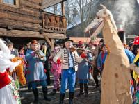 V Rožnově pod Radhoštěm budou k vidění masopustní masky z Valašska i Slovácka. Foto: www.vmp.cz