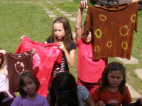 Z výtvarného táboru vám vaše děti přivezou spoustu krásných výrobků. Foto: www.tabory.cz
