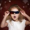 Dítě s 3D brýlemi v kině, Malý dobrodruh