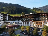 Sporthotel Ellmau je skvělou základnou pro golfisty, turisty i milovníky wellness. Foto: www.amaze.cz