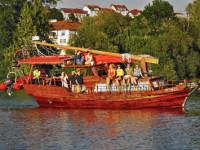 Plavba na lodi džunka pokračuje. Co nového se událo? Foto:www.dzunka.cz