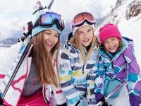 Kvalitní zimní oblečení by nemělo chybět v žádném dětském šatníku. Foto: www.reima.com
