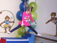 Cvičení by mělo děti především bavit. Foto: www.monkeysgym.cz