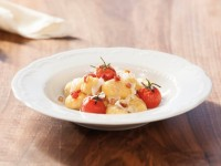 Bramborové noky s čerstvými rajčaty si rychle zamilujete. Foto: www.suedtirol.info