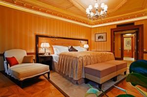 Quisisana Palace, Karlovy Vary, Malý dobrodruh