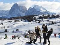 Příjemné prostředí, hudba a jarní lyžování vás přiláká do Jižního Tyrolska. Foto: www.suedtirol.info