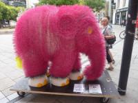 Slony nejrůznějších barev a materiálů si můžete prohlédnout v ulicích Trevíru a Lucemburku. Foto: Agenturhaus