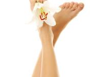 Mít krásné nohy bez kuřích ok je tak snadné.  Foto: www.cccboty.cz