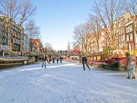 Zasněžená evropská metropole vás dostane do té pravé vánoční nálady. Foto: www.eurolines.cz