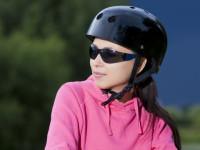 Sportujte bezpečně s cyklistickou přilbou. Foto: www.dreamstime.com