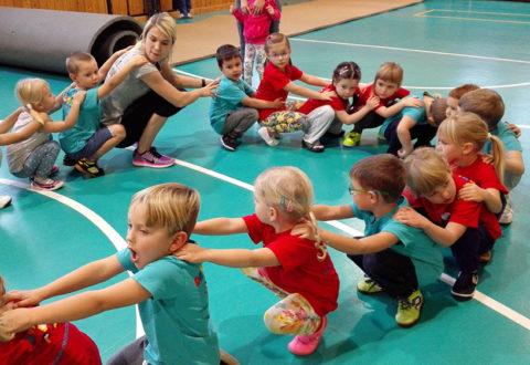 Děti na startu v Kladně. Foto: www.fisaf.cz