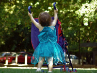 Užijte si krásnou neděli se svými dětmi. Foto: www.dreamstime.com