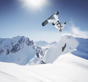 isic, pojištění, ušetřit, úspora, peníze, zdarma, lyžování, zimní dovolená, Malý dobrodruh, sleva, permanentka, hory