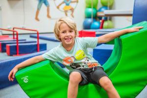 Sportující děti Monkeys Gym