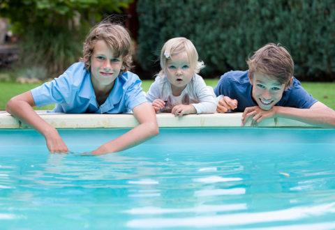 U bazénu určitě nezapomeňte dohlížet na bezpečnost dětí. Foto: www.juklik.cz