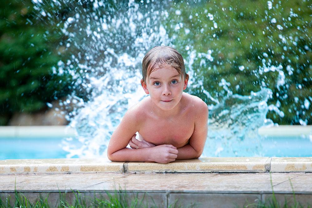 Juklík - děti v bazénu