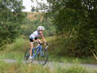 S jízdou na kole bychom měli začínat až tehdy, kdy je na ni dítko fyzicky připravené. Foto: www.juklik.cz