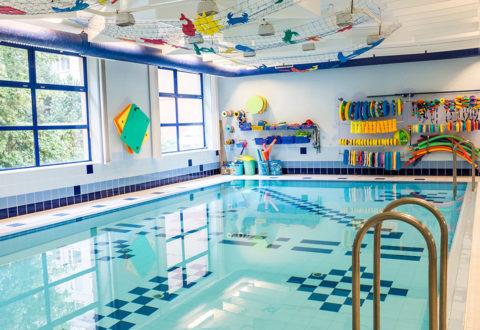 Už rok jsou veškeré veřejné bazény u nás zavřené. Foto: www.juklik.cz