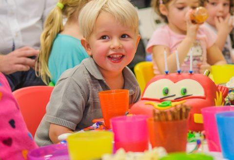 Spojte oslavu dětských narozenin spohybem!