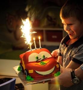 Oslava narozenin, Malý dobrodruh