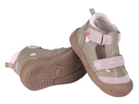 Při výběru dětských bot nikdy nedejte jen na slova svých potomků, že jim padnou dobře. Foto: Skibi.cz