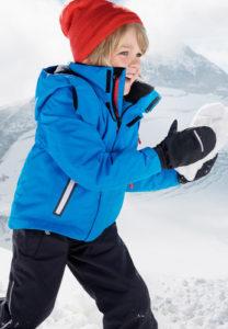Ve správném oblečení si děti zimní radovánky opravdu užijí