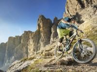 Jižní Tyrolsko je vyhlášeným rájem lyžařů, ale také cyklistů.
