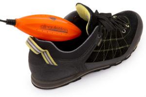 Přenosný vysoušeč bot celoplošně vysouší za pomoci teplého vzduchu