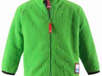 Fleece je nejen příjemný, ale hlavně hřeje. Foto: www.reima.com