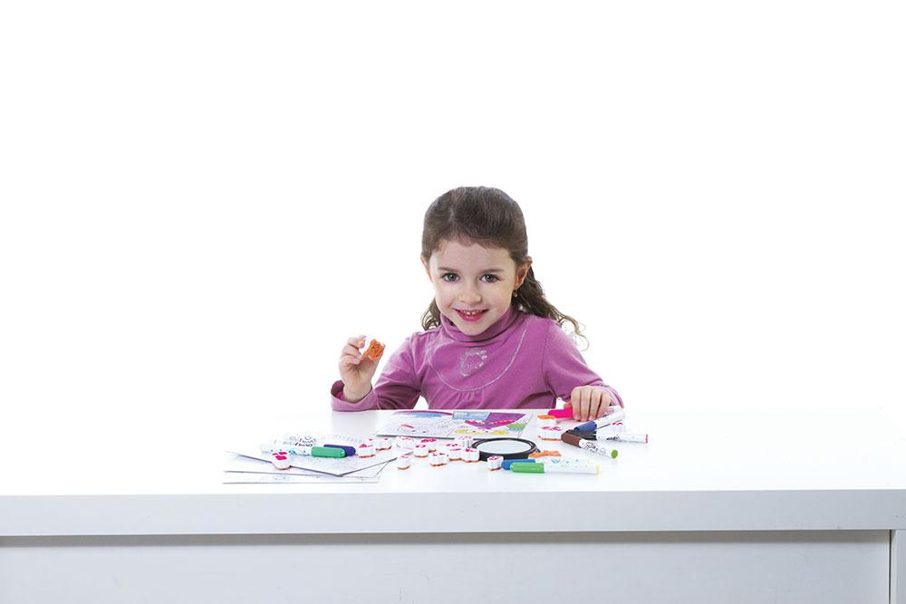 Tvoření zabaví všechny děti i rodiče. Foto: www.aladine.cz